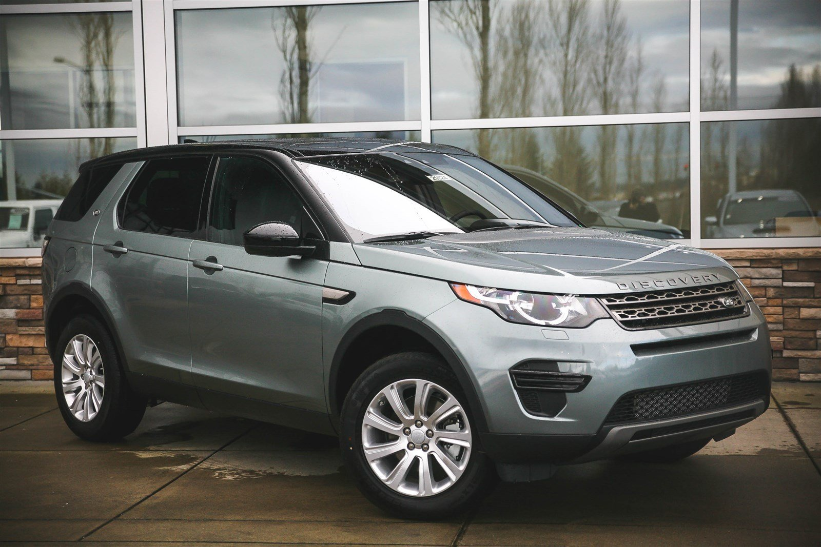 new 2017 land rover discovery sport se sport utility in bellevue 21624 land rover bellevue. Black Bedroom Furniture Sets. Home Design Ideas