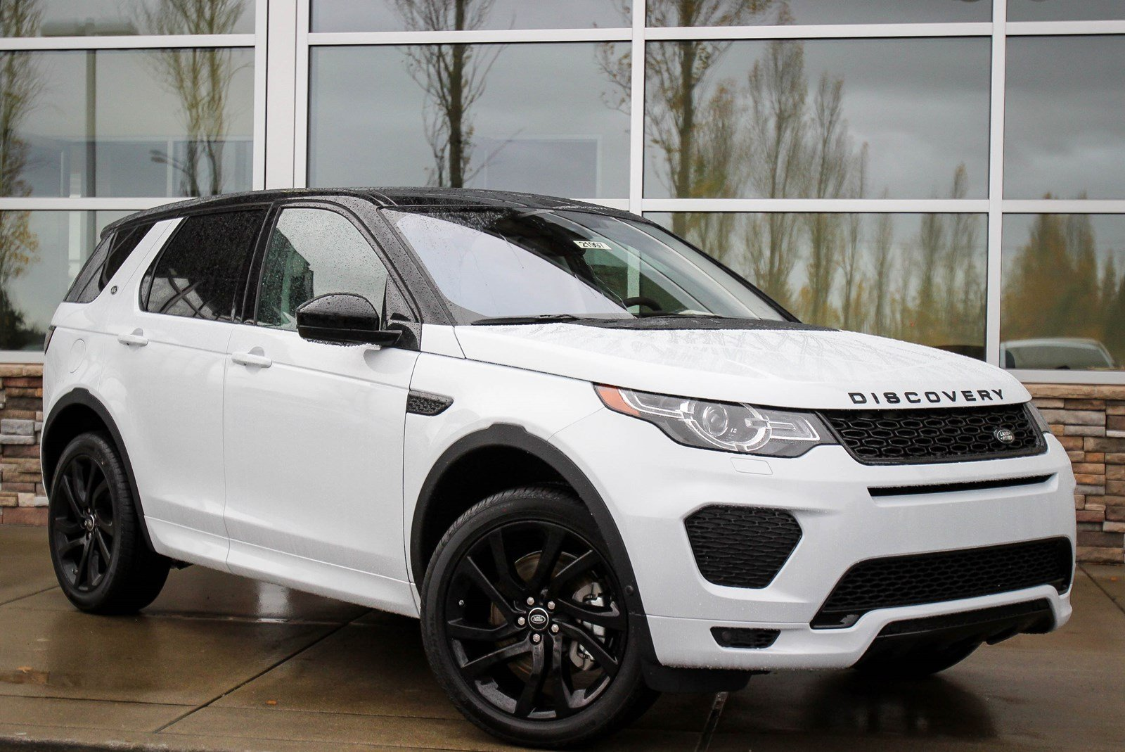 new 2018 land rover discovery sport hse sport utility in bellevue 21997 land rover bellevue. Black Bedroom Furniture Sets. Home Design Ideas