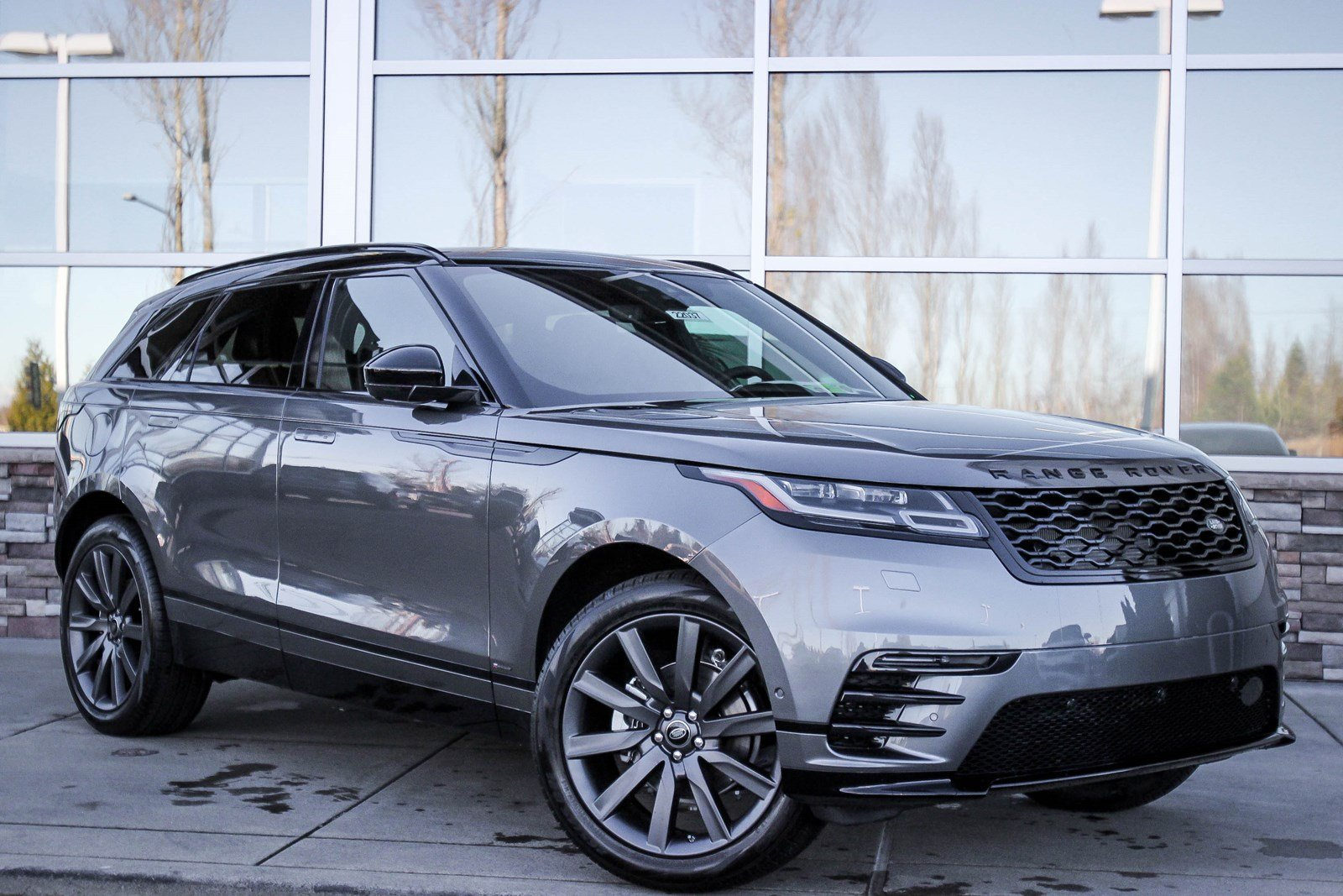 new 2018 land rover range rover velar r dynamic hse sport utility in bellevue 22037 land. Black Bedroom Furniture Sets. Home Design Ideas
