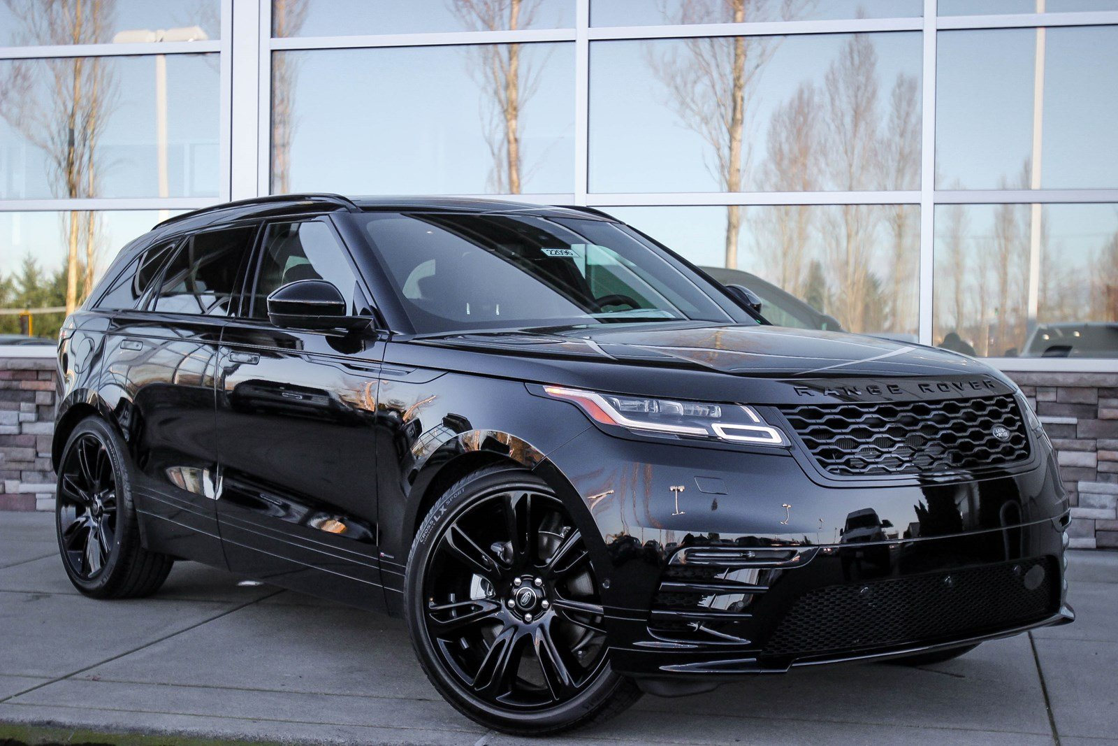 Land Rover Bellevue >> New 2018 Land Rover Range Rover Velar R-Dynamic HSE Sport Utility in Bellevue #22096 | Land ...